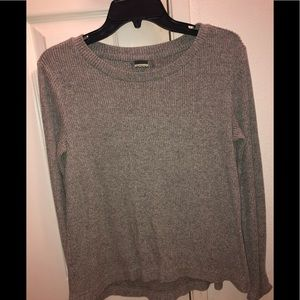 Gray long sleeved shirt from Roxy